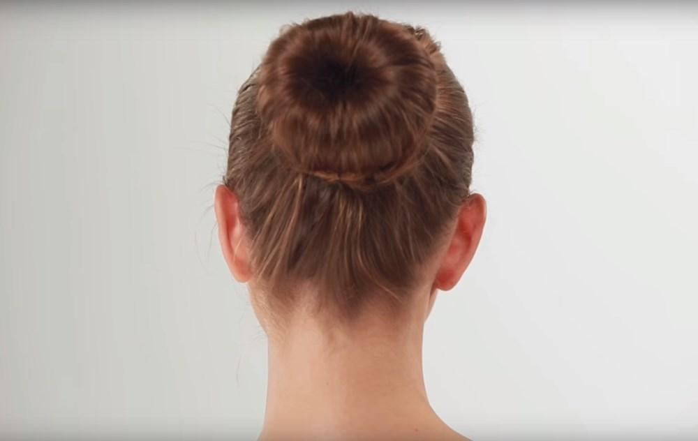 Donut Bun Hairstyle For Summer Months Cismis Worlds Largest