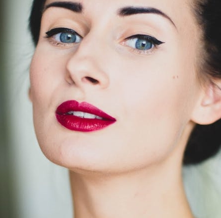 cismis retro lipstick shade - 11 Popular Lipstick Shades Every Woman Should Own