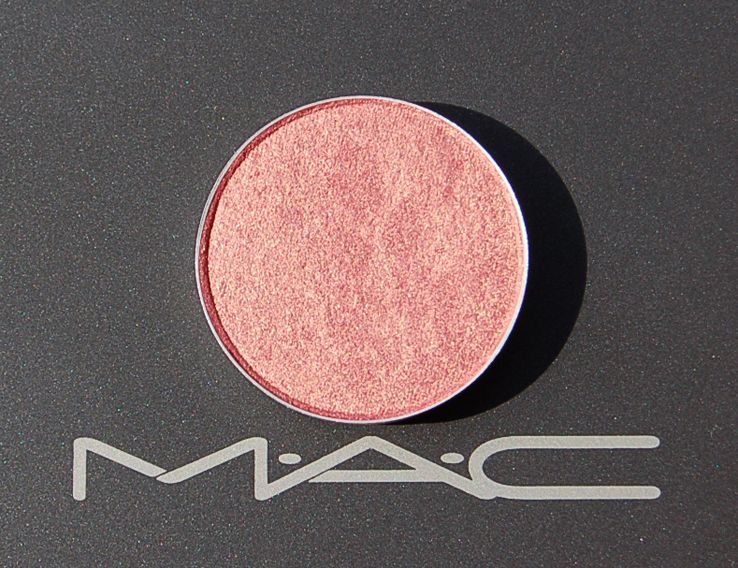 MAC Expensive Pink Eye Shadow