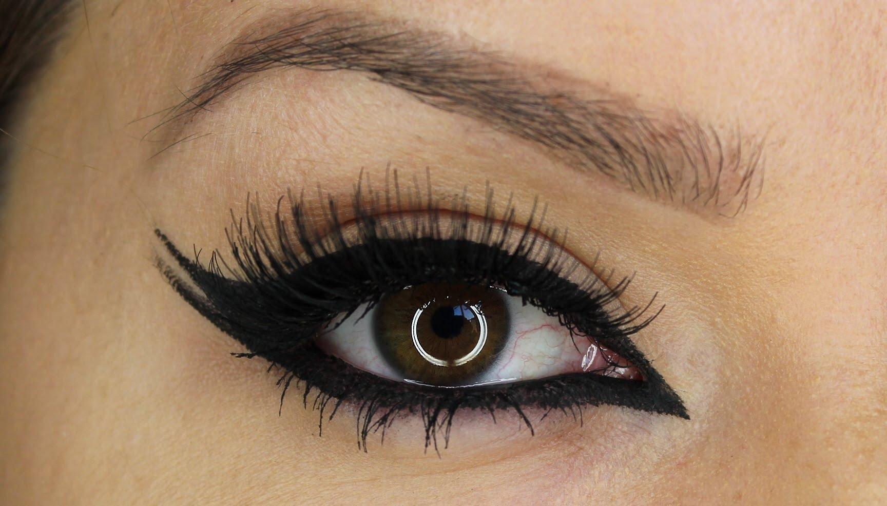 Eyeliner ideas for Indian girls