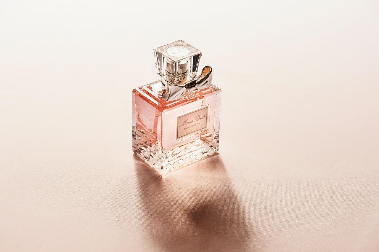 Top 15 fragrances to buy this season - Best 15 Fragrances for Men & Women to Buy this Season 2018