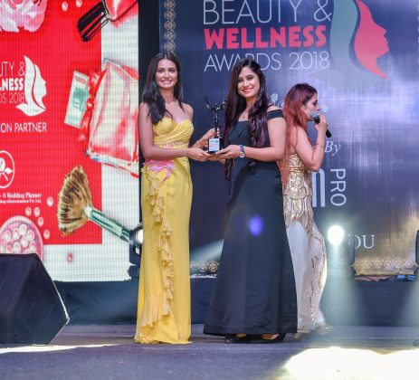 Akanksha Best Bridal artist 463x420 - Glam Pro Beauty & Wellness Awards 2018 - Celebrity Presenter Actress Kriti Kharbanda and TV Superstar Manish Goel