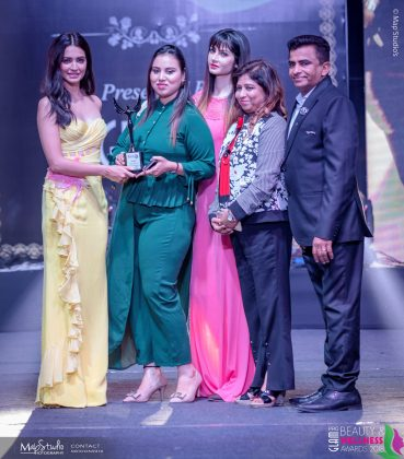Jazmy Best Salon Makeup destination North Delhi 369x420 - Glam Pro Beauty & Wellness Awards 2018 - Celebrity Presenter Actress Kriti Kharbanda and TV Superstar Manish Goel