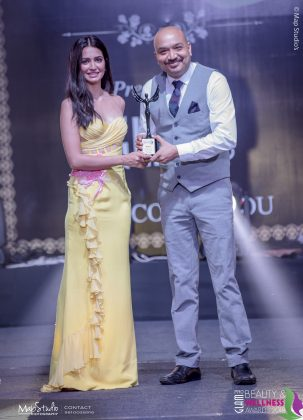 Natura Newly most trusted Skin care Brand 303x420 - Glam Pro Beauty & Wellness Awards 2018 - Celebrity Presenter Actress Kriti Kharbanda and TV Superstar Manish Goel