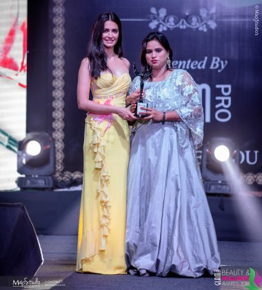 Priya Best Makeup artist Mainpuri 380x420 - Glam Pro Beauty & Wellness Awards 2018 - Celebrity Presenter Actress Kriti Kharbanda and TV Superstar Manish Goel