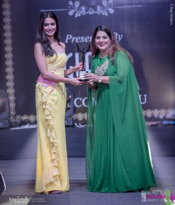 Rupinder Madan Most Stylish Makeup artist 359x420 - Glam Pro Beauty & Wellness Awards 2018 - Celebrity Presenter Actress Kriti Kharbanda and TV Superstar Manish Goel