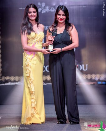 Soni Verma Most innovative Bridal Makeup artist 339x420 - Glam Pro Beauty & Wellness Awards 2018 - Celebrity Presenter Actress Kriti Kharbanda and TV Superstar Manish Goel